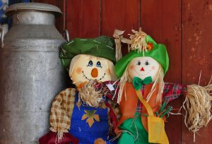 scarecrow-1147707_1280